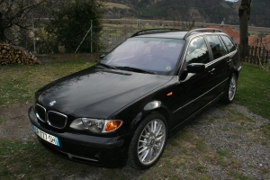 BMW-330i